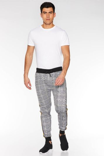 Quizman Check Pant with Side Tapping in Mustard